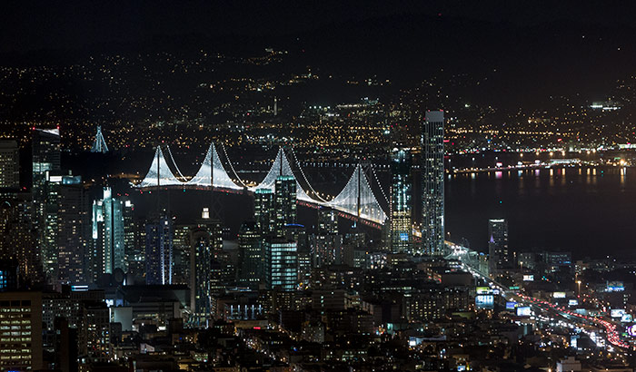 Bay Lights – Podul Bay Bridge dintre San Francisco și Oakland