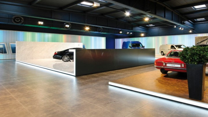 Lighting of the Exhibition Space of the Cars